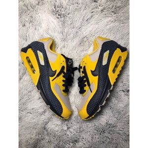 Nike Air Max Yellow/Navy Blue Men's